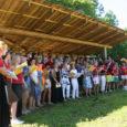 Kui eeloleval laupäeval peetakse Ruhnus Eesti saarte folklooripäevi, siis juulikuu esimesel nädalavahetusel kõlas Ruhnu laululaval koorilaul – toimus saare esimene laulupäev.