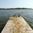 Juuli alguses vigastasid Kuressaare Titerannas pea ees vette hüpanud noored ennast nii, et neil tuleb veel mõned nädalad kanda kaelalahaseid.