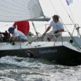 Nädalavahetusel sõidetud Roja regati, mis kujunes ühtlasi ka Saaremaa meistrivõistlusteks avamerepurjetamises, võitsid Katariina Jee (kapten Mart Tamm) ja Kadri (Tanel Õun), jätkates sellega oma võitude seeriat kohalikel regattidel.