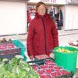 Kuigi põhiline vaarikateaeg jääb juuni- ja juulikuusse, võis Kuressaare turu letilt veel eilegi leida suuri ja mahlaseid kohalikke aedvaarikaid.