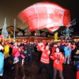 """Kuressaare spordikeskuses on 12. oktoobrist avatud fotonäitus """"Vancouver 2010"""". Viimaste taliolümpiamängude huvitavamad hetked on fotodele talletanud pressifotograafid Joosep Martinson, Raigo Pajula ja Rauno Volmar. Näitus on avatud novembri lõpuni."""
