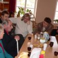 Eile koos fraktsioonikaaslastega Saaremaad väisanud Isamaa ja Res Publica Liidu esimees, riigikogu liige Mart Laar on veendunud, et parvlaevaühendus Saaremaaga ei ole parempoolne ega vasakpoolne, liberaalne ega konservatiivne küsimus ning valimisvankri ette seda rakendada ei tohi.