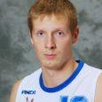 Juba kolmandat mängu järjest on Eesti korvpallimeistrivõistluste I liigas mängiva Javicar/ SWE-7 meeskonna suurim korvikütt Mario Polusk. Veel eelmisel aastal meistriliigas mänginud mees täidab nimekaim Mario Paistest tühjaks jäänud kohta.