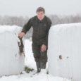 Eesti maaülikooli dotsent Tiit Randveer tegi keskkonnaministeeriumile ettepaneku pikendada hirvevasikate küttimiseks lubatud jahihooaega kahe kuu võrra ehk jaanuarikuu lõpuni.