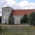 Kultuuriminister Laine Jänese sõnul riigil halvas seisukorras unikaalse Pöide kiriku kordategemiseks lähiaastatel raha ei ole, ühe võimalusena näeb ta raha taotlemist Euroopa Liidu 2014–2020 finantsperioodi rahast.