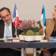 Kuressaares viibis eile ametlikul visiidil Prantsusmaa suursaadik Eestis Frédéric Billet. Päev oli kuni õhtu hakuni tegevusi ja kohtumisi täis pikitud ning Billet üheks suuremaks sihiks, mis teda saarele tõi, oli soov süvendada siin prantsuse keele õpet.