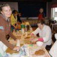 Teist aastat järjest küpsetavad vabatahtlikud Valjala pastoraadis piparkooke esimeseks advendiürituseks.