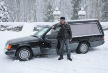 Uus matuseauto