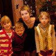 """Kuressaares sündinud ja koolis käinud ning enam kui kümme aastat ajakirjanikuna töötanud Grethe Rõõm andis välja oma kolmanda lasteraamatu """"Raamatuvardjad. Tähtraamatu tagasitulek""""."""