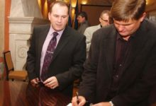 Kuressaare linnavolikogu komisjonides käib vassimine