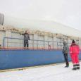 Lastiks Saaremaa võimsaim tuulegeneraator, üritas kaubalaev Jongleur mitu tundi läbi murda Suure Katla rüsijääst, et jõuda Nasva sadamasse. Katsetused päädisid sellega, et laev libises vaikselt jäävabasse Mõntu sadamasse.