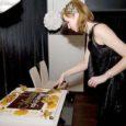 Aasta eest Tallinna südalinnas otse Vabaduse väljaku ääres avatud kohvik Mosaiik tähistas pidulikult esimest sünnipäeva.