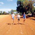 Kahe ja poole kilomeetri kõrgusel asuvas Iteni linnas treenival Tõnis Juulikul on 7-nädalasest treeninglaagrist suvises Keenias möödas pea pool. Võimalikult väikese raha eest ja kohalikega mestides omadega välja tulev Juulik treenib muuhulgas koos maailma parimate naispikamaajooksjatega.