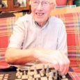 Esmaspäeval toimunud Salme vallavolikogu istungil kinnitati valla tänavuste stipendiumide saajad. Suurima stipendiumi – elutöö eest kodukandis – saaja on sel korral Arnold-Heinrich Niit, 87-aastane vanahärra.