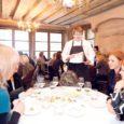 """AS Saaremaa Piimatööstus korraldas Tallinna vanalinna südames asuvas restoranis Dominic ürituse """"5 rooga Saaremaa juustust"""", kus Saaremaalt pärit, Kuressaare ametikooli lõpetanud ja Dominicis peakoka ametit pidav meisterkokk Allar Oeselg tutvustas oma retsepte."""