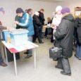 Eilse seisuga oli Saare maakonnas eelhääletamisel oma valiku riigikogu valimistel teinud 2,5 protsenti saarlastest, mis on Eesti keskmine tulemus. Eile oli Kuressaare kultuurikeskuses valimiskasti juures valves Mati Talvistu (vasakul).
