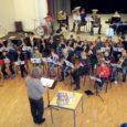 Reedel kõlas Orissaare kultuurimajas puhkpillimuusika. Toimus XI noorte laulu- ja tantsupeo puhkpilliorkestrite esimene eelproov. Osalesid noored muusikud Kärdlast, Emmastest, Kuressaarest ja Orissaarest. Kokku umbes poolsada pillimängijat neljast orkestrist, kes kokku moodustavad Eesti saarte noorte puhkpilliorkestri.