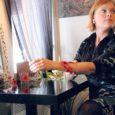 Esmaspäeval ja teisipäeval esitles saarlaste kohtumispaigas Tallinnas kohvikus Mosaiik naistepäeva puhul oma uut ehete kollektsiooni Saaremaalt pärit noor ehtekunstnik Gabriela Laanet. Meeleolu lõi Märten Kaldmäe duo.