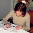 """Priimabaleriin Kaie Kõrb esitles eile Kuressaares Arensburgi restoranis Anneli Ammase kirja pandud raamatut """"Unistuste nimel"""". Kahe aasta töö tulemusega on Kõrb oma sõnul rahul."""