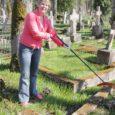"""Kudjape kalmistu on esimene kalmistu Saare maakonnas, mis on saanud kodulehe, kust huvilistel on võimalik leida viiteid omaste viimsele puhkepaigale. Selle kohta, kui palju või vähe Eestis surnuaedu """"internetiseeritud"""" on, andmed puuduvad, vaid pealinna kalmistute kodulehelt leiab viiteid mõnele."""