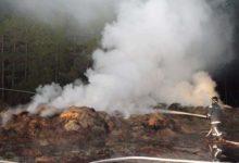 Põlev maja süütas heinapallid (lisatud video!)