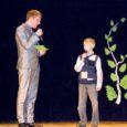 Möödunud kolmapäeval võtsid Valjala rahvamajas toimunud laste lauluvõistlusel Valjala Laululind 2011 vastastikku mõõtu noored lauljad nii lasteaiast kui ka koolist. Lasteaialapsi osales 15 ja koolilapsi 16.