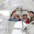 ESS Kalevi jahtklubi veteranid, kelle hulgas on palju endisaegseid nimekaid tippsportlasi, tutvusid kahel päeval Saare maakonna sadamate, laevaehituse ja vaatamisväärsustega.