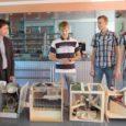 Läinud laupäeval kogunesid noored robootikahuvilised üle Eestimaa Kuressaare gümnaasiumisse (KG), et näidata ette omameisterdatud euromündisorteerijad.