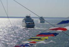 ... vaat kolm suurt   laeva seisvad sääl