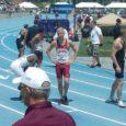 Saarlasest jooksja Marek Niit viis eelmisel nädalal Eesti 200 m jooksu rekordi ajani 20,43 ning kaks päeva hiljem noppis ta USA üliõpilasmeistrivõistlustel samal distantsil hõbemedali. Finaalis jooksis Niit lausa ajaga 20,38, kuid 2,6 meetrit sekundis puhunud taganttuul ei lasknud seda aega edetabelikõlbulikuks pidada.