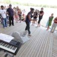Laupäeval avati Kuressaare supelrannas juba neljandat suve Ranna noortekeskus, mis hakkab tegutsema uue rannahoone ruumides.