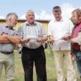 Igal aastal külastab Upal korraldatavat saarte vissivõistlust loomakasvatusentusiastide sõpruskond, kes ise nimetab end lehmalembeste klubiks.