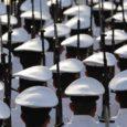 Maailm kulutas relvastusele enam kui poolteist triljonit dollarit. Stockholmis asuv Rahvusvaheline Rahu-uuringute Instituut (ingl k Stockholm International Peace Research Institute, lüh SIPRI) teatas oma iga-aastases aruandes, et kuna ka möödunud aastal jätkus kogu maailmas võidurelvastumine, seisab inimkond silmitsi tõsiste ohtudega.