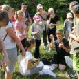 Juba mitmendat aastat järjest on Saare maakonna loodushuvilised õpilased saanud veeta kolm vahvat päeva Kipi-Koovi matkakeskuses. Laager on mõeldud eelkõige neile, kes koostasid sel õppeaastal loodusalase uurimistöö või on oma loodusuuringuid alles alustamas.