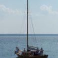 Toivo Pähna puupurjekas Juulia oli üks viimastest alustest, mis Hiiumaa purjelaeva seltsi paadimatka teisel päeval Veere sadamast Kärdla poole koduteele asus.