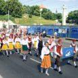 """XI noorte laulu- ja tantsupeol """"Maa ja ilm"""" käis 918 Saaremaa lauljat-tantsijat-korraldajat."""