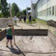 Nädala eest Salmel alustatud arheoloogilised väljakaevamised said eile märkimisväärse kulminatsiooni. Nimelt tuli keskpäeval välja muinaslaeva teine ots, mis võimaldas laeva pikkuseks määrata 17–17,5 meetrit.