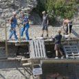Kuressaare linnuse bastionitel puudub töömehi juhendav vastutav spetsialist ning restaureerimistööde graafik on ajast maas.