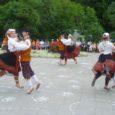 Eelmisel nädalal korraldati Tartus üleeuroopaline folkloorifestival Europeade, kus viie päeva jooksul said linna haaranud festivalimelust osa ka saarlaste rahvatantsurühmad ning vabatahtlikud.