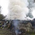 Eile hävitas äike Kaarma vallas talu kõrvalhoone ning süütas põlema Ida-Niidu alajaama kaks kaablit. Katkestuse tõttu oli õhtuni elektrita kogu Ida-Niidu piirkond, sealsed toidupoed ja mitu küla.