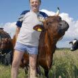 Eesti põllumajandus-kaubanduskoda viib 2. juunil üle Eesti 30 piimafarmi kokku ligi 2300 põhikooli õpilast piimatootmisega tutvuma. Saaremaal ootavad koolilapsi külla maakonna parimad piimatootjad Kõljala POÜ ja Kärla PÜ. Neist esimene […]