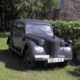 Sõrve militaarmuuseum sai uue eksponaadi, milleks on Saksa sõjaväe käsutuses olnud ja tõenäoliselt ainus kogu Euroopas tänapäevani nii hästi säilinud Opel Kadett K-38. Tegemist on tõelise iludusega, mis on praeguseks saanud enimpildistatud eksponaadiks, kinnitas muuseumi juhataja Tõnu Veldre.
