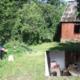 Augusti alguses tuleõnnetuses kodu kaotanud Oti küla mees Ilmar elab praegu maja kõrvalhoones ning tema sugulased loodavad põlenud hoone taastada või vähemalt niipalju kohendada, et Ilmaril talveks soe ulualune oleks.