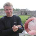 Läinud nädala lõpul lisandus Kuressaare linnuse väljakaevamiste leidude hulka veel üks – hertsog Magnuse ajal Kuressaares vermitud hõbemünt.