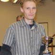 Londonis mõttespordi maailmameistriks pärjatud saar-lane Andres Kuusk (30) loodab oma isikliku eeskujuga Eestis varjusurmas elava vaimse spordiala ausse tõsta.