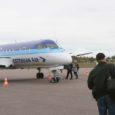 Estonian Air (EA) ja Saare maavalitsus saavutasid eile viimaks kokkuleppe, mille kohaselt jätkab EA talvehooajal Tallinna–Kuressaare liini teenindamist lennukitega Saab 340. See tõstab senist odavaimat piletihinda ligi kaks korda, 30 euroni.