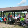 Laupäeval Mustjala vallas Konati järve ääres toimunud Saaremaa lasterikaste perede ühingu perepäevale oli kaunist sügisilma ja üksteise seltsi nautima tulnud üle 70 suure ja väikese ilmakodaniku. Kõige tillemad jälgisid kogu seda melu turvalisest titevankrist.
