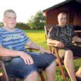 23. ja 24. septembril Olustveres toimuvatel Eesti künnimeistrivõistlustel lähevad Olustvere maamajanduskooli kuueliikmelise esinduse ridades võistlustulle ka kaks saarlast – Valjala valla Nuudi talu poisid Tanel ja Karl Kirst.