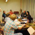 Eestis peetakse noorteks 7–26-aastaseid (Euroopas kuni 30-aastaseid) isikuid. Noorte osalus on noorte kaasarääkimine neid puudutavates otsustes, ükskõik kas kodus, koolis, kodulinnas või -vallas, maakonnas, kogu Eestis. Aktiivne osalus tähendab, et noored ise tõstatavad neid puudutavaid probleeme ja pakuvad lahendusi. Passiivse osaluse käigus osaletakse ühiskonna pakutavates tegevustes.