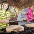Neljapäeval ja reedel toimusid Valjala põhikoolis Saaremaa esimesed muinastehnoloogia päevad, mis saavad jätku Salme ja Leisi koolis.